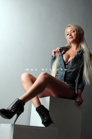 Lise-rose escort
